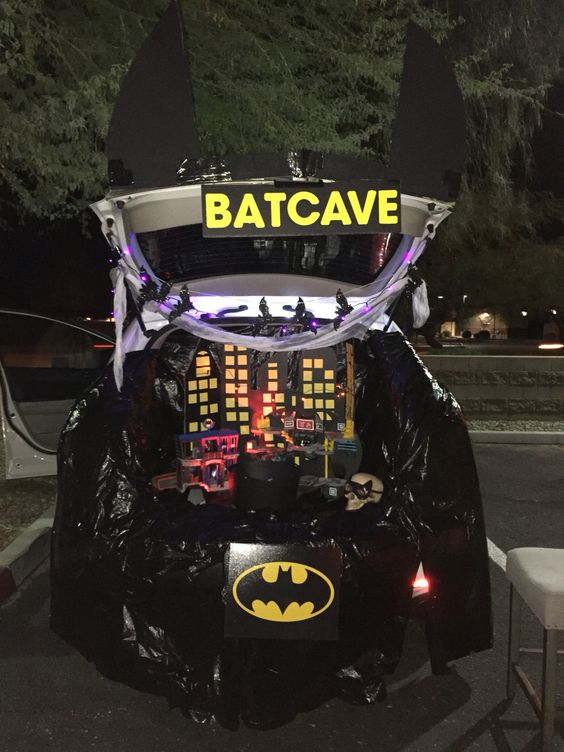 batman-trunk-or-treat